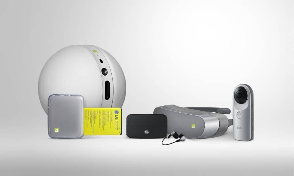 The LG G5 sure has a lot of, um, friends.