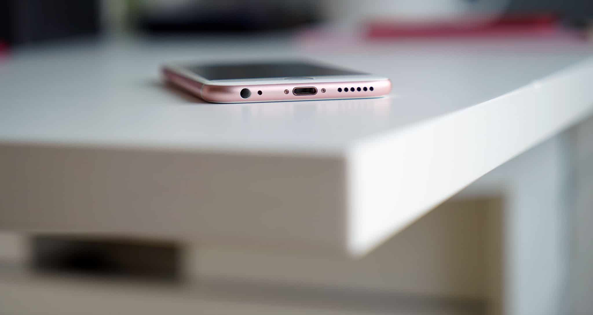 Iphone 8 Rumored To Have Usb C Charging Port Gadgetmatch
