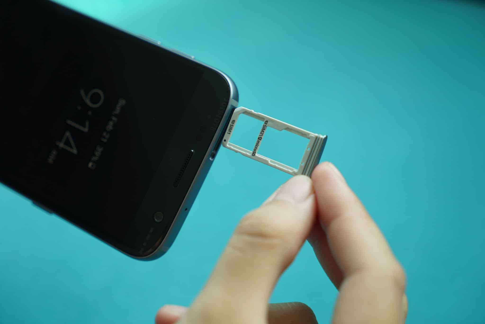 The hybrid SIM tray on the S7 and S7 Edge takes two nano SIM cards or one SIM and on microSD card.