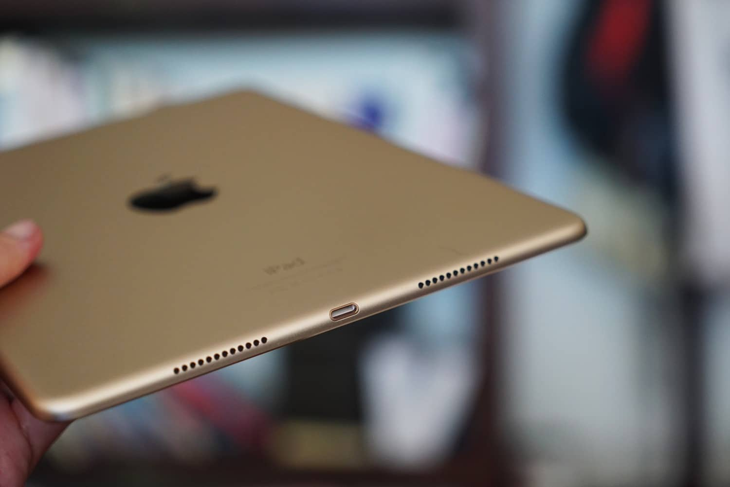 9.7-inch iPad Pro hands-on GadgetMatch (5)