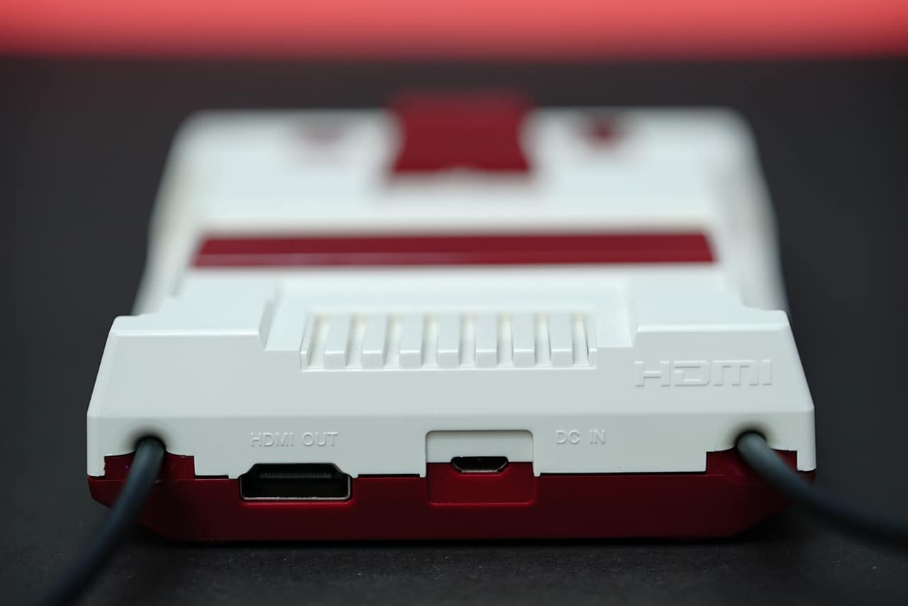 famicom-mini-06-ports