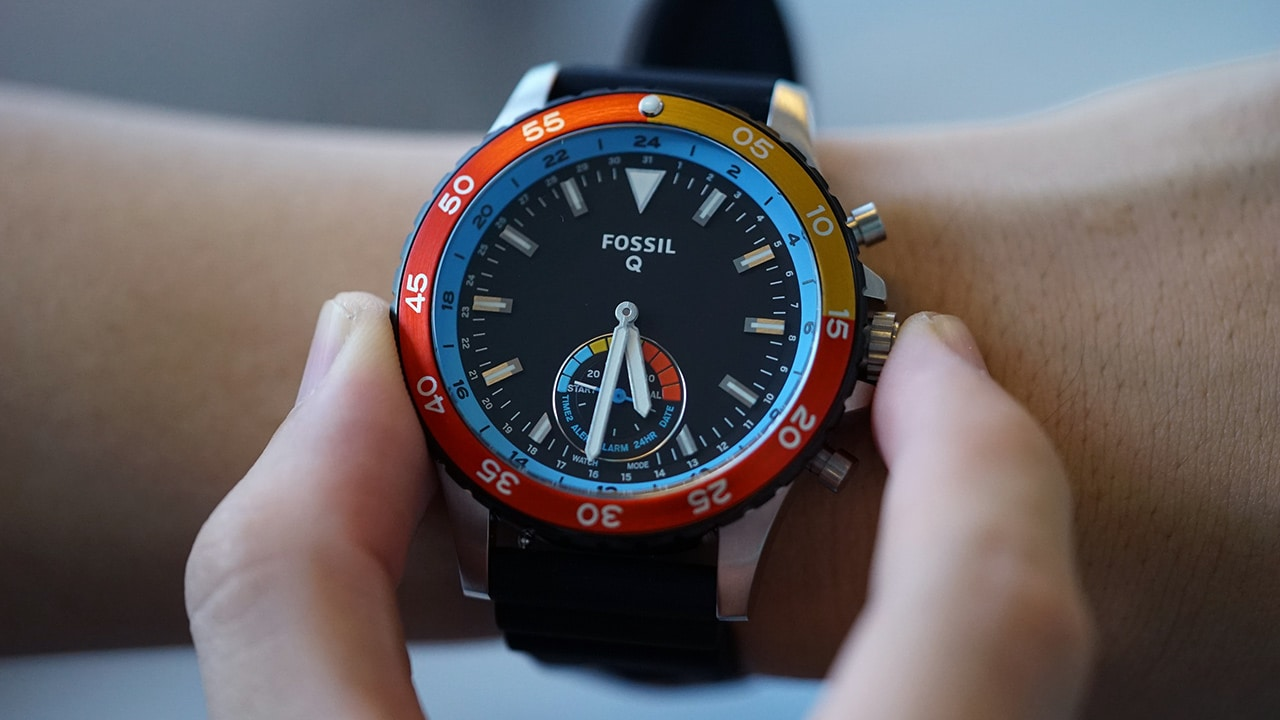 Fossil Q Hybrid: Reinventing the smartwatch