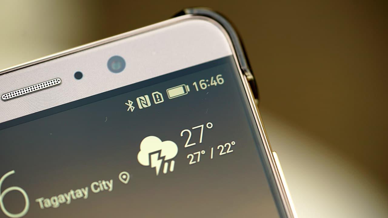 Huawei Mate 9 top bar