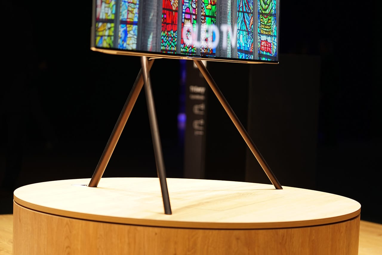 Samsung Launches Artsy New Qled Tvs At Louvre In Paris