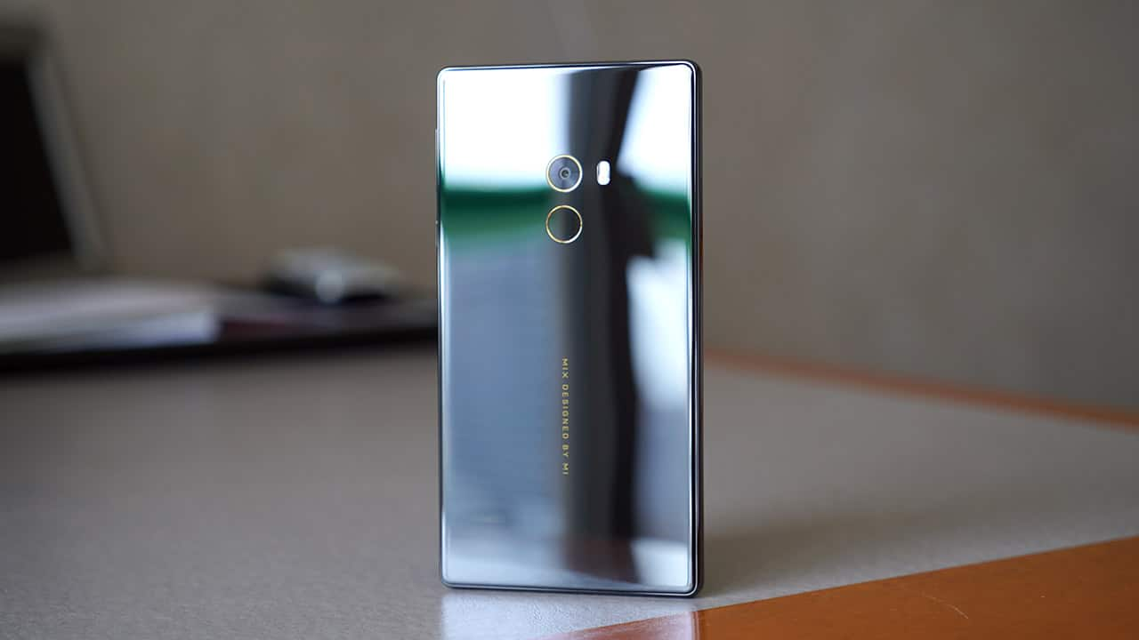 Xiaomi Mi Mix Exclusive Edition Review Gadgetmatch Oppo F3 Citra Land Dont Be Turned Off By The Unwieldy Looking Proportions In Fact Its Practically Same Size As Plus