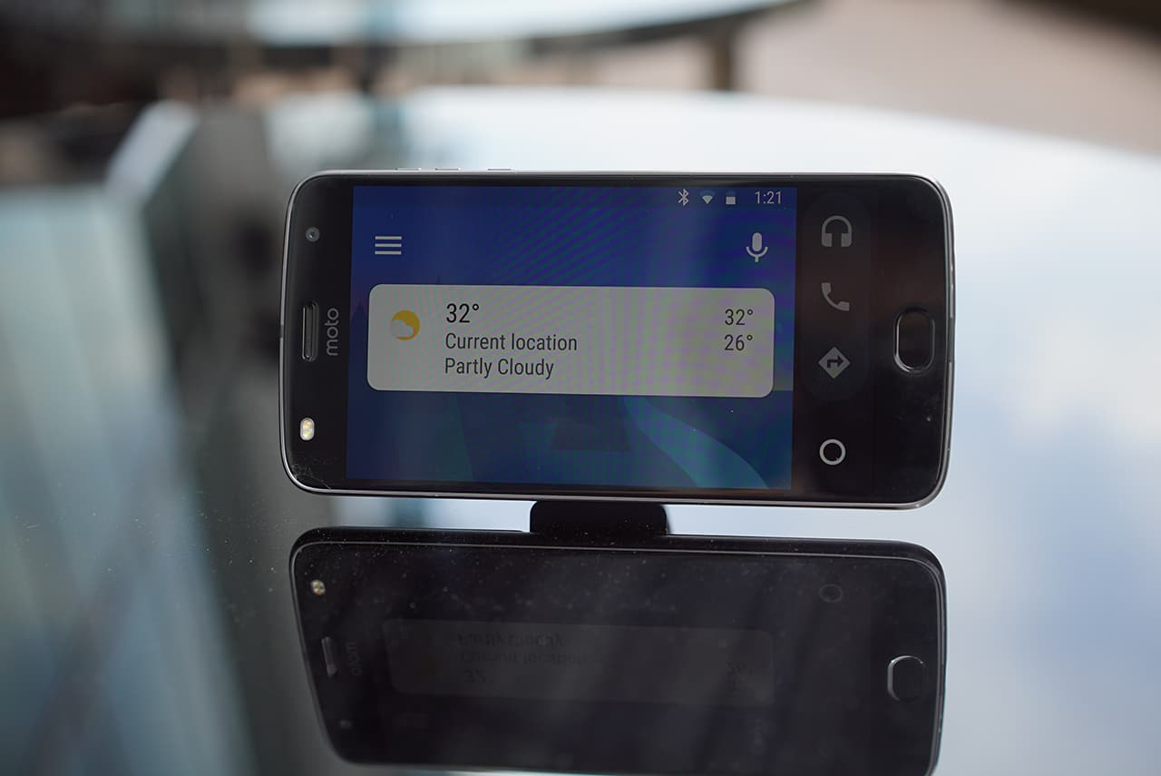 Android Auto on the Moto Z2 Play
