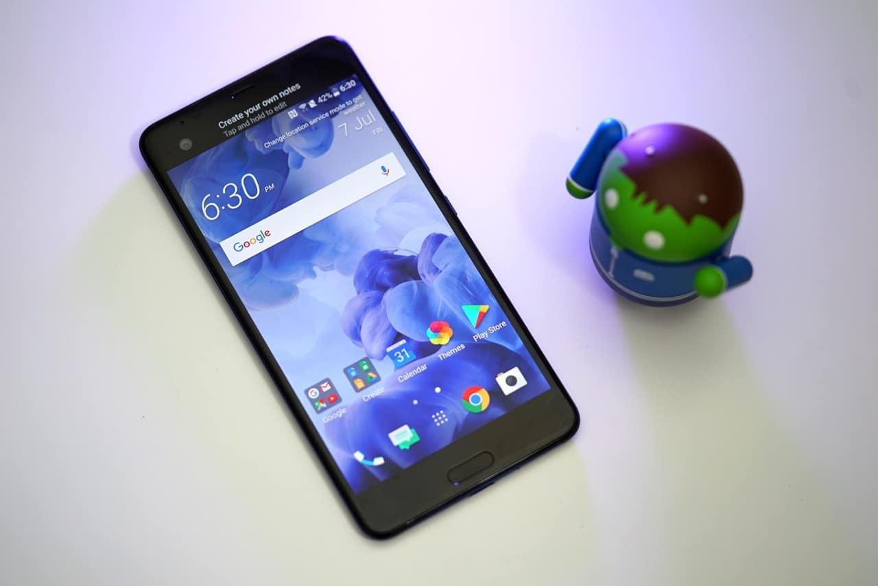 HTC-U-Ultra-Front-02
