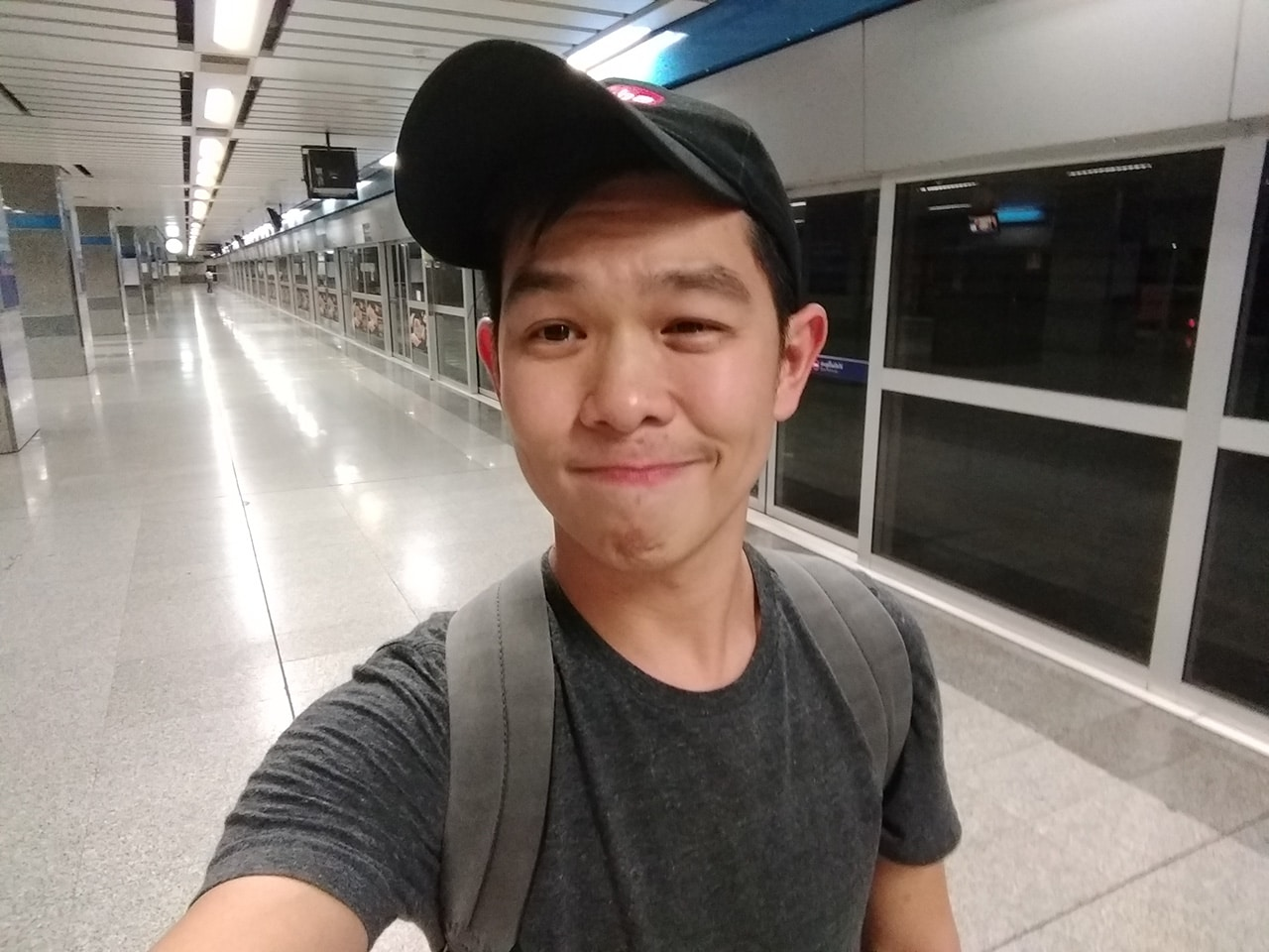 Moto Z2 Play Selfie Sample