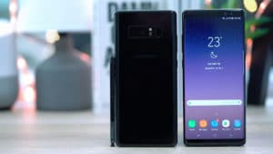 Front and back view of the Samsung Galaxy Note 8