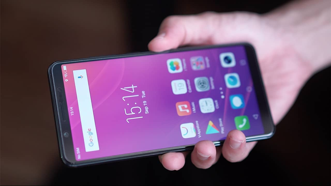 Vivo V7+ Review: More than just a full-screen display