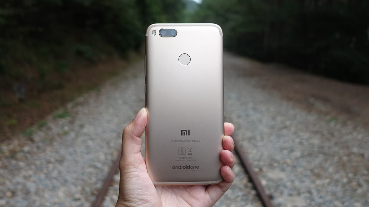 Xiaomi Mi A1 Review Android One Is Back Gadgetmatch Redmi 3x Ram 2 32gb Only A Few Non Google Apps Come Pre Installed Otherwise The 712 Nougat We Have Here As Clean It Gets This Being Part Of