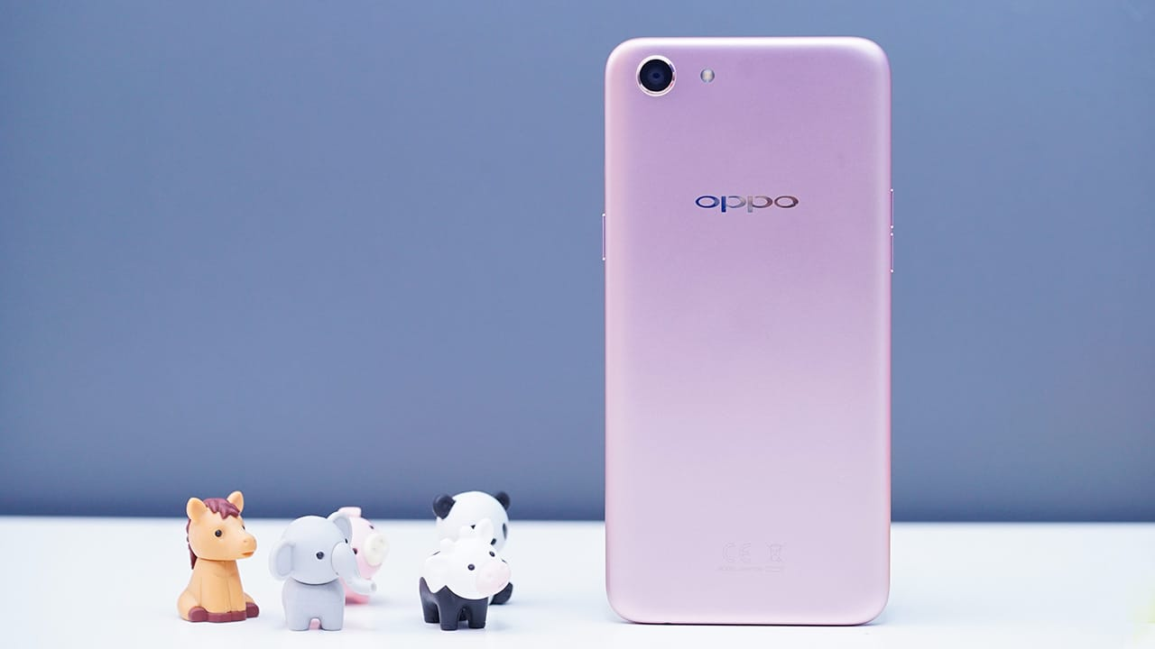 OPPO A83 Review: Budget phone with midrange power - GadgetMatch
