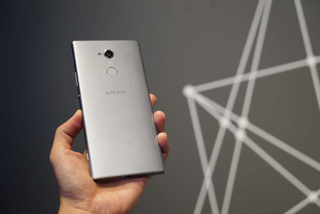 Sony sticks to their traditional design with Xperia XA2 and XA2