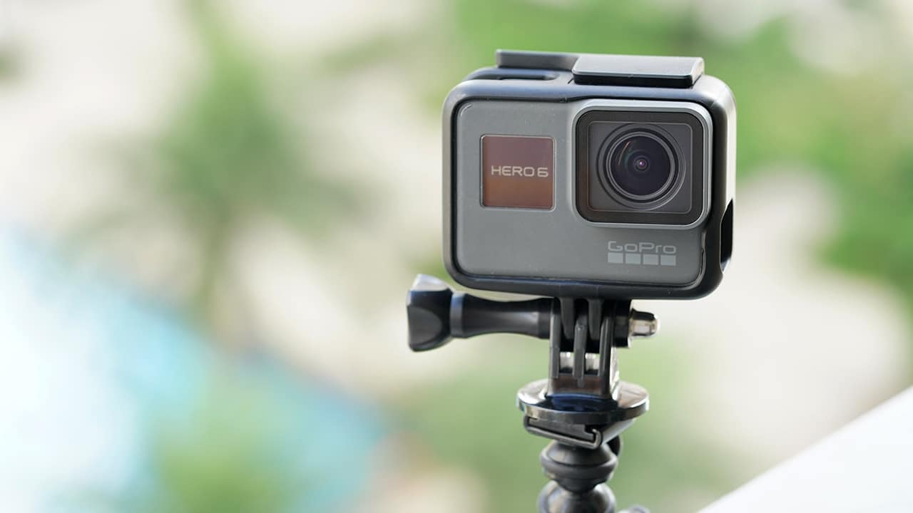 gopro hero 6 black vs hero 5 black comparison gadgetmatch. Black Bedroom Furniture Sets. Home Design Ideas