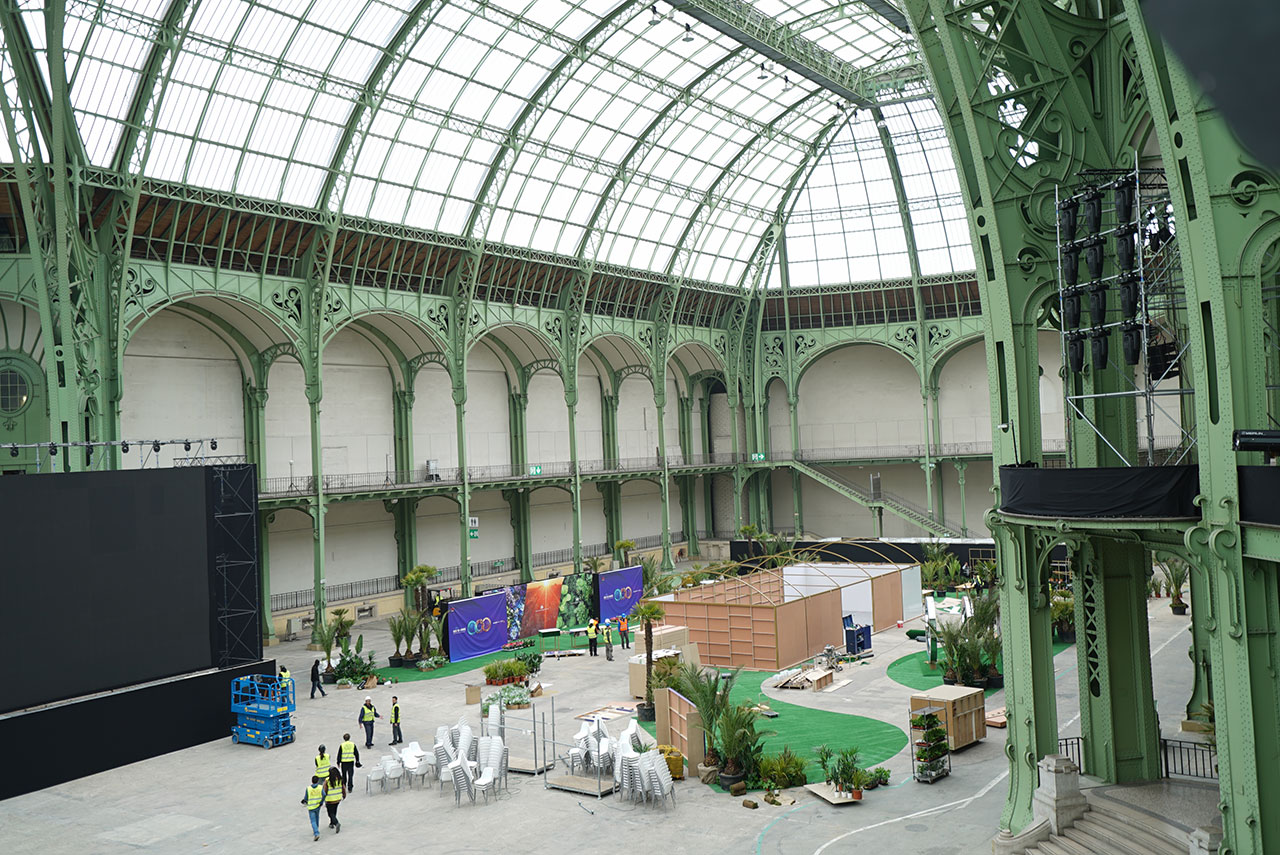 Sneak peek huawei p20 launch at the grand palais paris gadgetmatch - Grand palais expo horaires ...