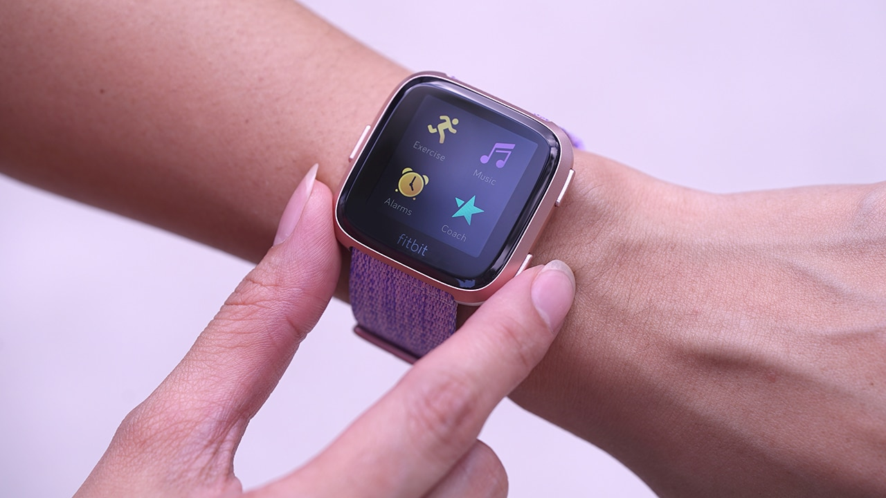 Fitbit Versa with 4-day battery life launches in India ...