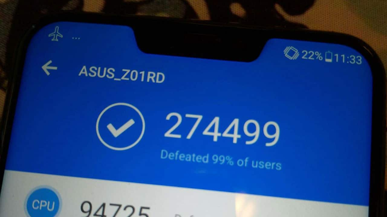 Exclusive Asus Zenfone 5z Tops Antutu Benchmark In Leaked Photo