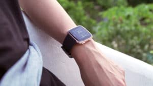 Fitbit Versa Review: Real arm candy - GadgetMatch