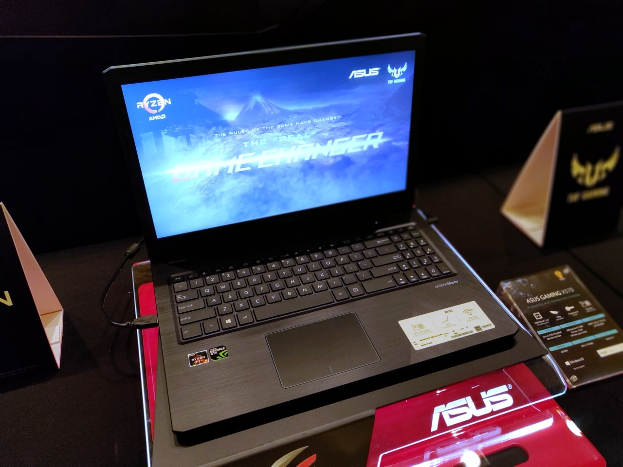 ASUS-Gaming-X570-Laptop.jpg