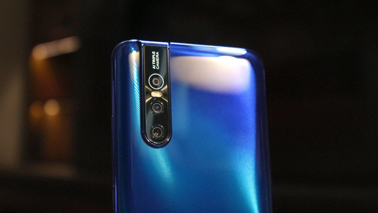 Vivo V15 Pro hands-on: A mini NEX? - GadgetMatch