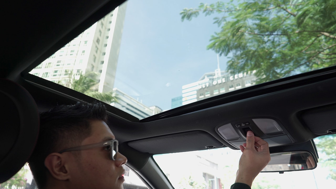 2019 Hyundai Veloster Turbo: A Stylish Speedster - GadgetMatch