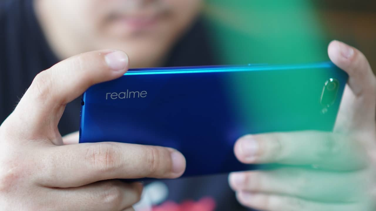 Realme C2 hands-on: The new budget king? - GadgetMatch
