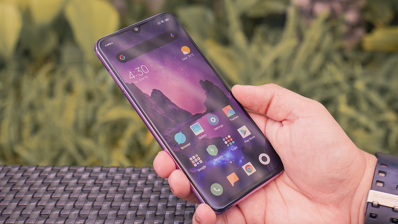 Xiaomi Mi 9 SE Review: For those who like it small - GadgetMatch