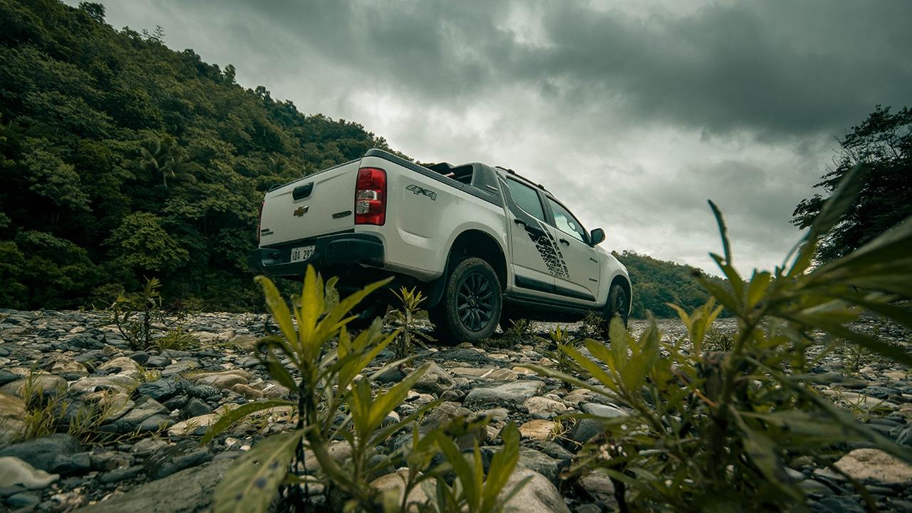 Chevrolet Colorado High Country Storm: War painted - GadgetMatch