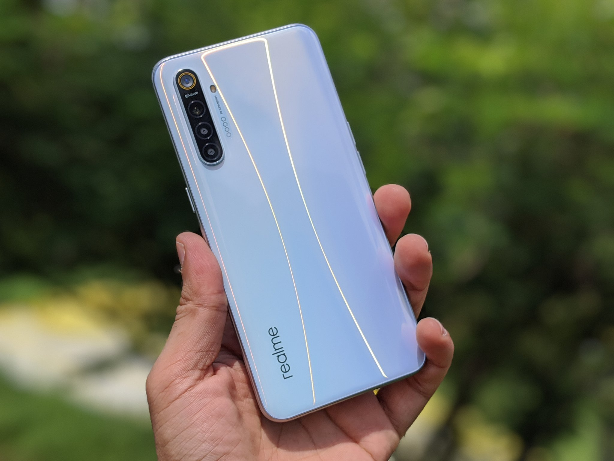 Realme XT with a 64MP camera officially shown-off